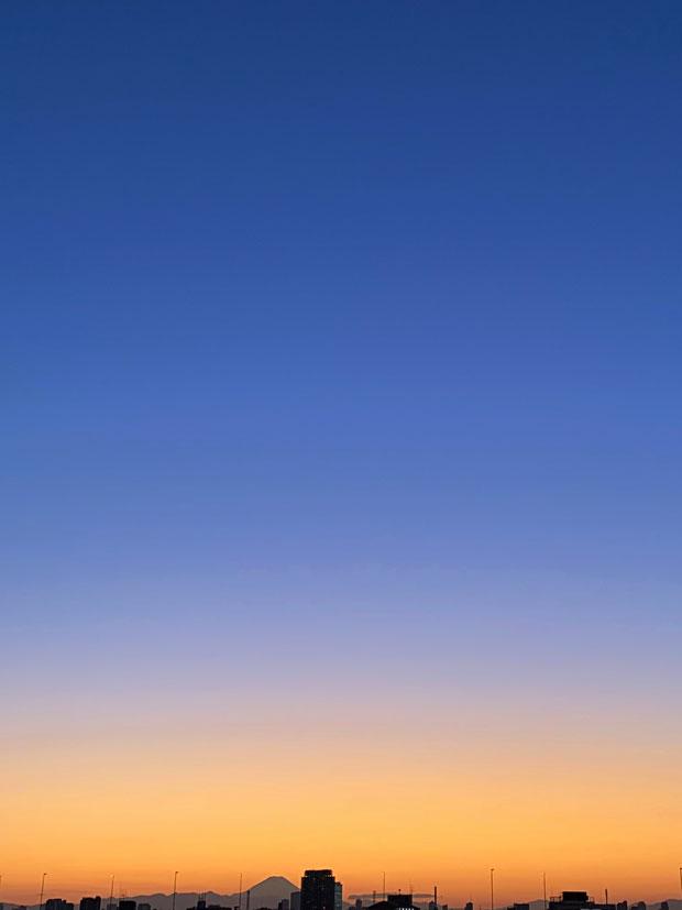 sumomo365_20191112_sky_01.jpg
